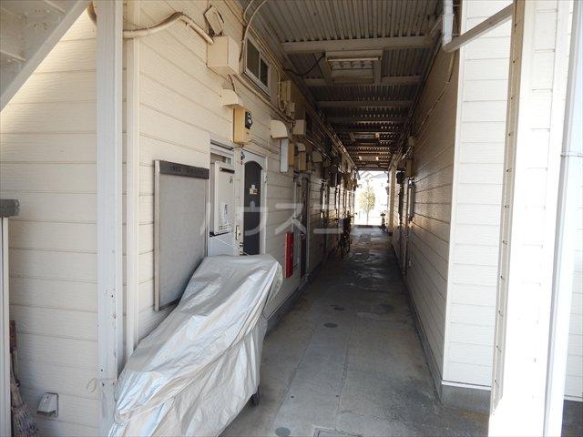 サンシャトー姫宮 108号室のエントランス