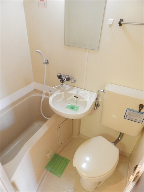 サンシャトー姫宮 108号室の風呂