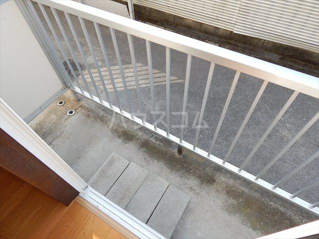 サンシャトー姫宮 108号室のバルコニー