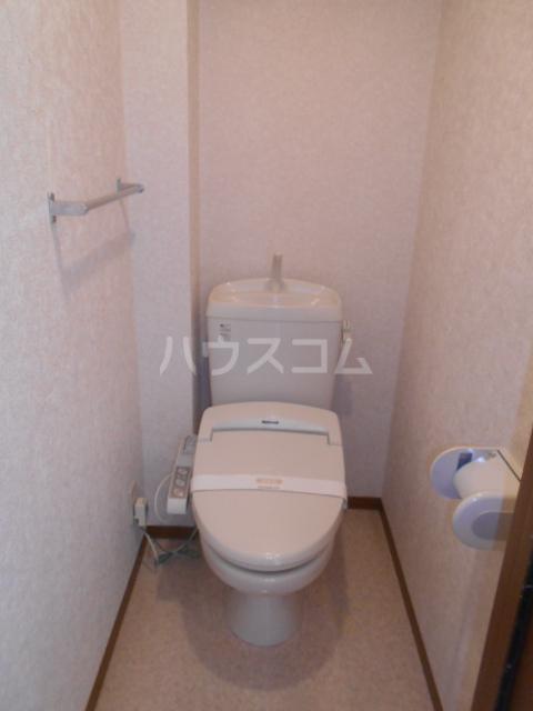 メゾンHOKUSHIN Ⅱ 203号室のトイレ