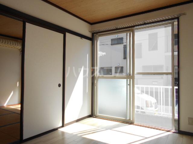 フレグランスMD 101号室の居室