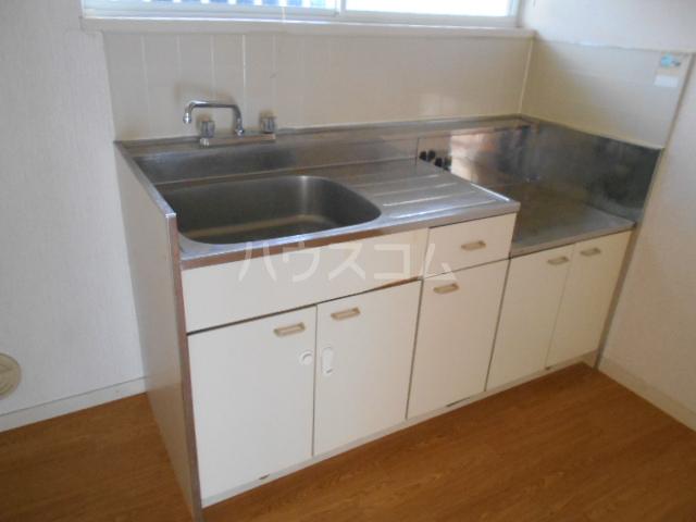エステートピア島村1 106号室のキッチン