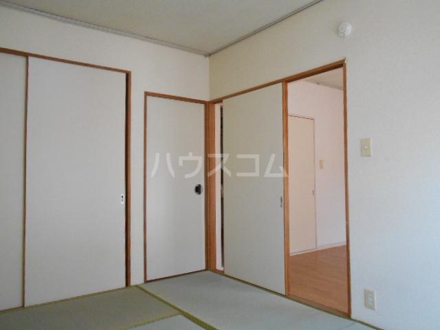 エステートピア島村1 106号室の居室