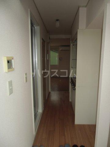 ピュアコート 壱番館 1-103号室の玄関