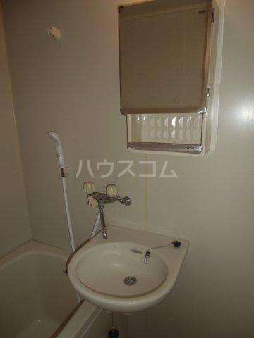 ピュアコート 壱番館 1-206号室の洗面所
