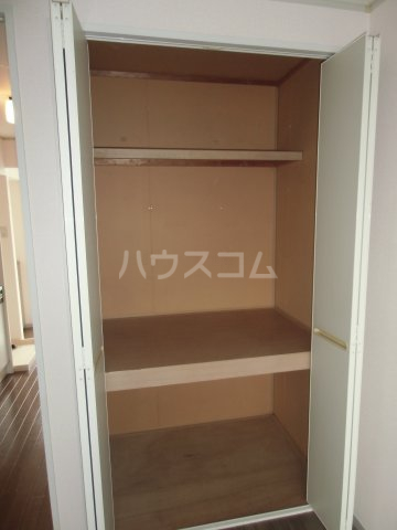 ピュアコート 壱番館 1-206号室の収納