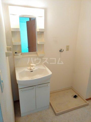 マインハイム 103号室の洗面所