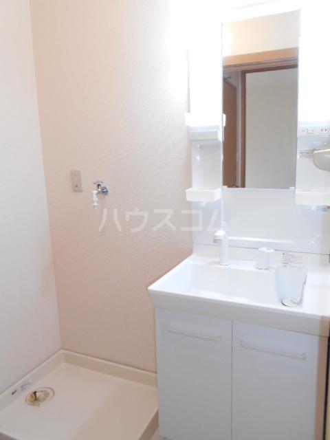 マインハイム 105号室の洗面所