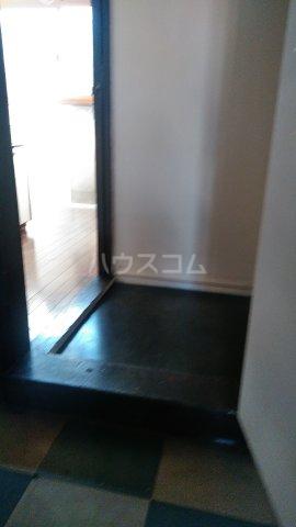 国分アパート C202号室の玄関