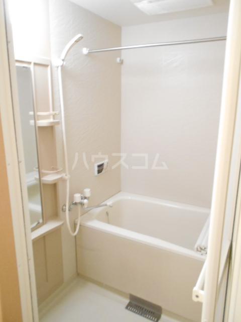 タペストリー 103号室の風呂