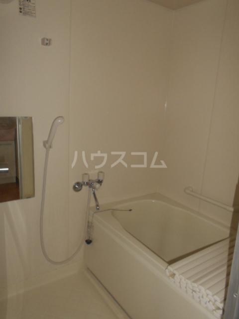 ファインパーク春日部 402号室の風呂