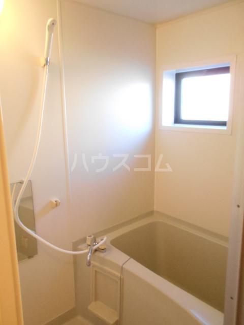 コスモスハイムⅡ 102号室の風呂