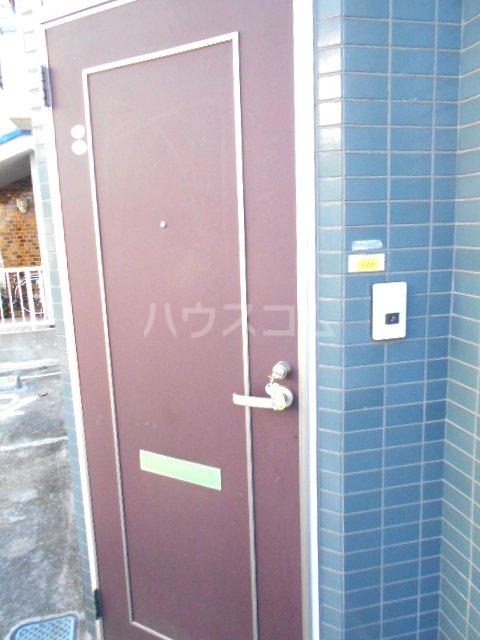 グリーンハイツ稲 101号室の玄関