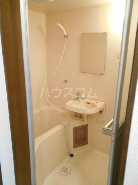リヴ南桜井 203号室の風呂