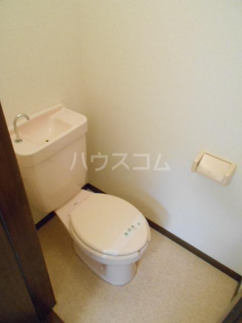 リヴ南桜井 203号室のトイレ