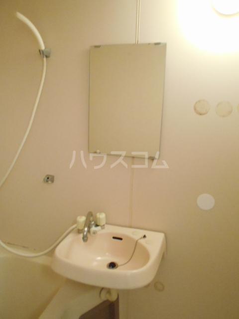 リヴ南桜井 203号室の洗面所