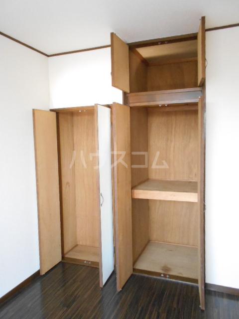 リヴ南桜井 203号室の収納
