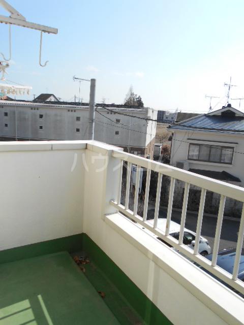 リヴ南桜井 203号室のバルコニー