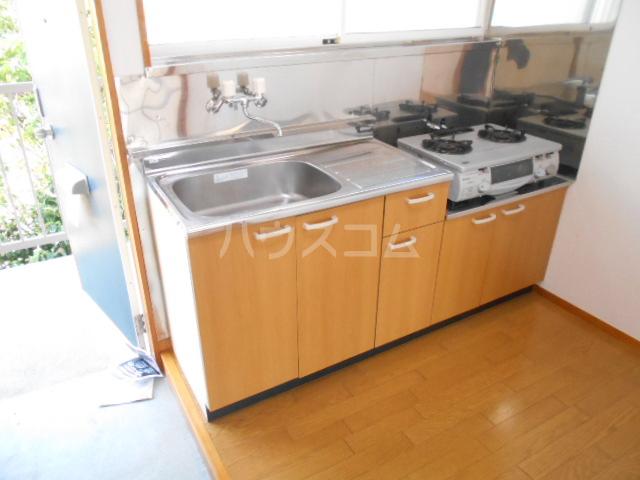 ハウスミニオン 201号室のキッチン