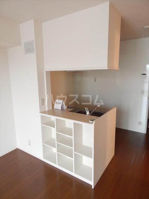 グリシーヌC 201号室のキッチン