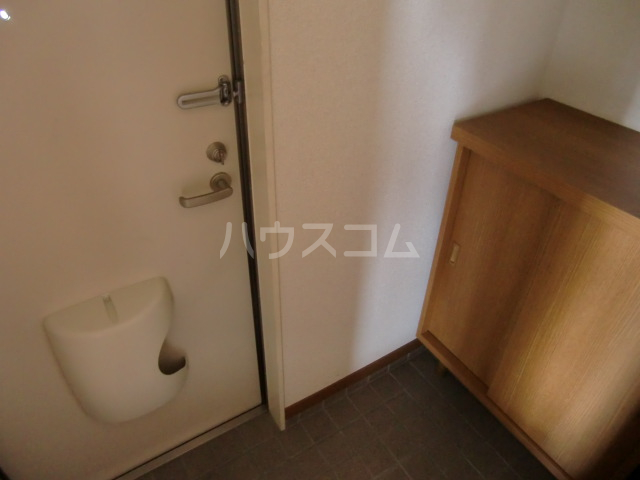 清水アパートA 101号室の玄関