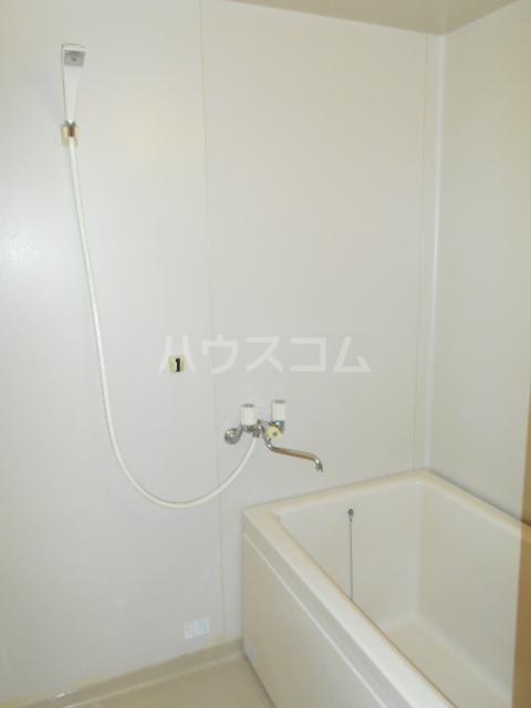 オオツキアパート 305号室の風呂