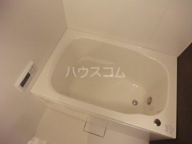 archette 102号室の風呂
