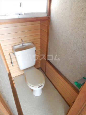 大枝貸家のトイレ