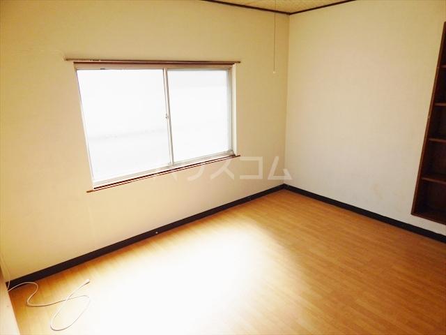 大枝貸家の居室