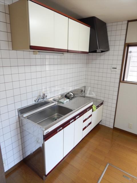 緑町貸家のキッチン
