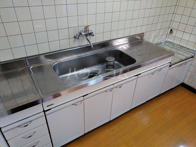 薄谷貸家のキッチン
