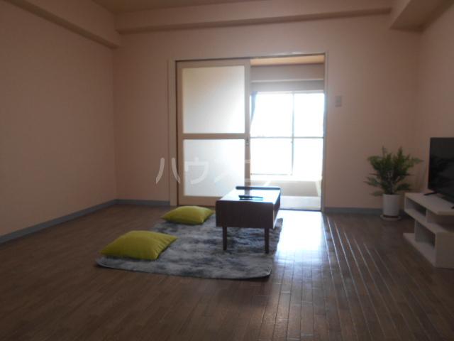 ランドフォレスト春日部Ⅱ 206号室のバルコニー