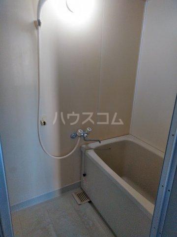 七色ハウス大沼 202号室の風呂