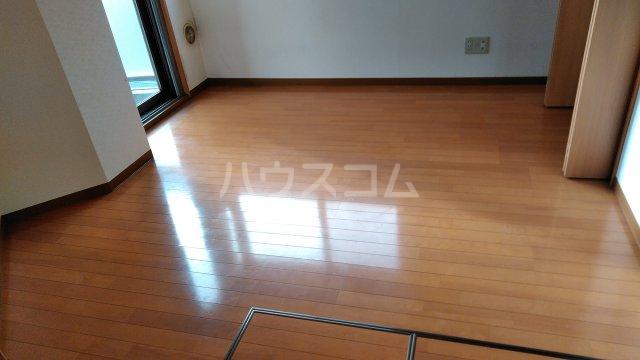 ウエストスクエア 207号室の居室