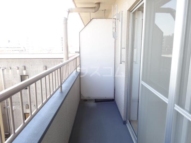 吉村ビル 409号室のバルコニー
