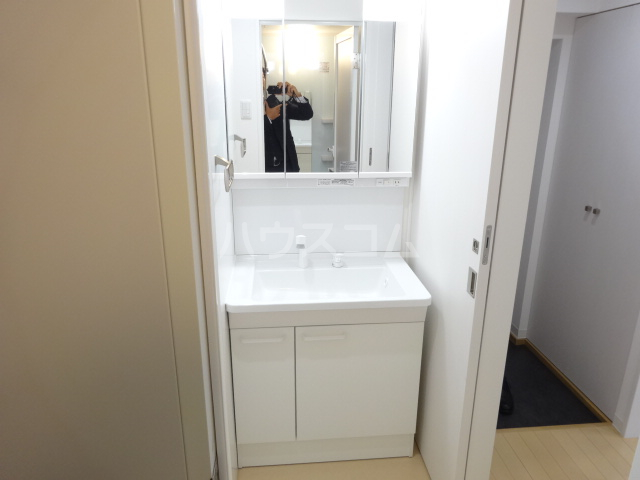 吉村ビル 409号室の洗面所