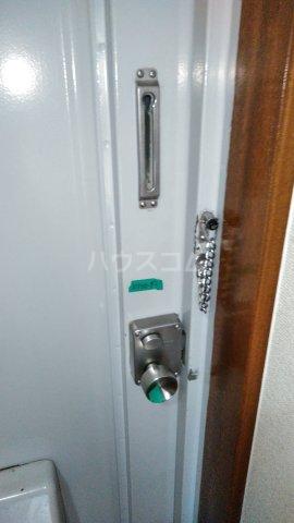スカイプラザ 305号室のセキュリティ