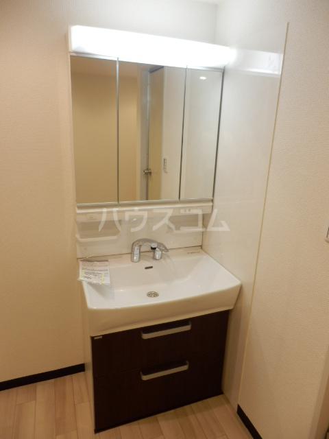 プレディオ鷺沼第Ⅱ 201号室の洗面所