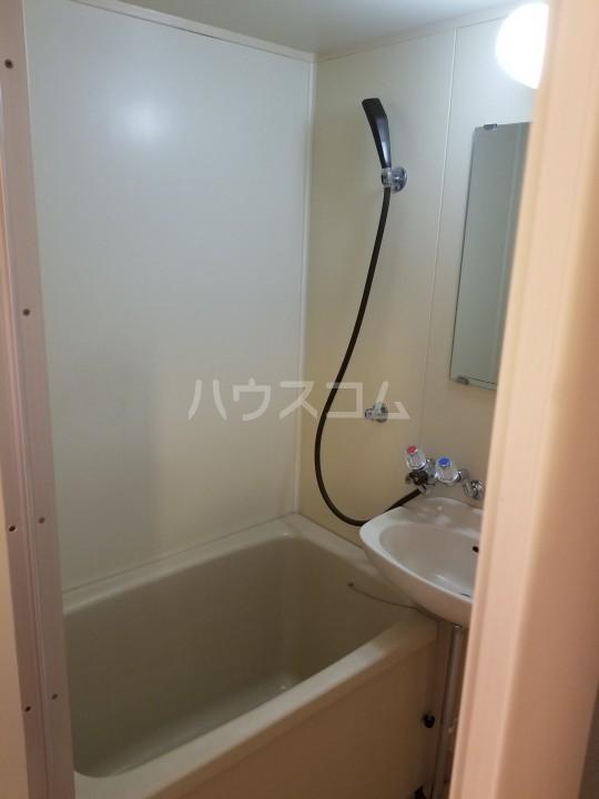 サンシティ西船 204号室の風呂