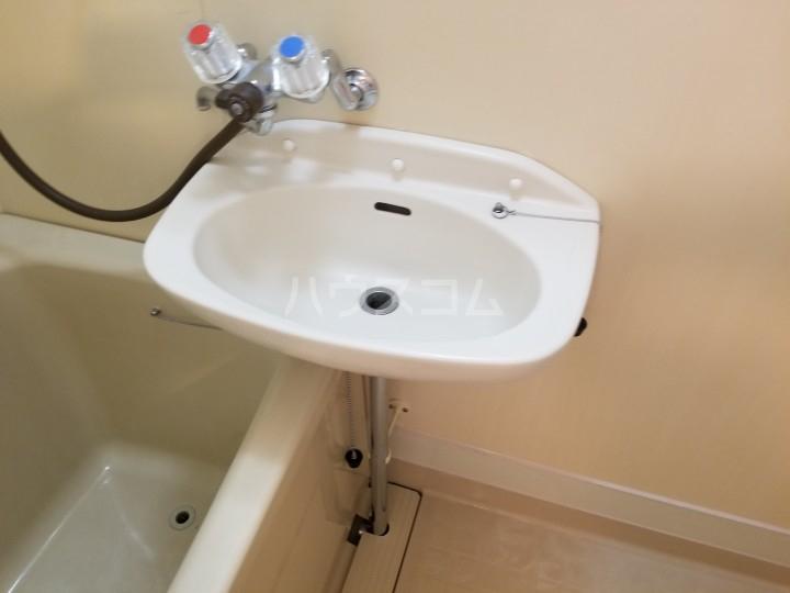 サンシティ西船 204号室の洗面所