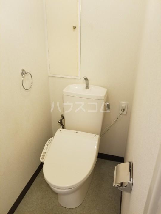 サンシティ西船 204号室のトイレ