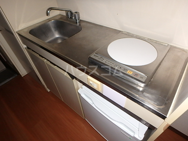 ドエル西船 103号室のキッチン