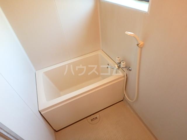 メゾン中山 201号室の風呂