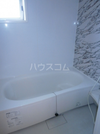 スカイタウン塚田 305号室の風呂