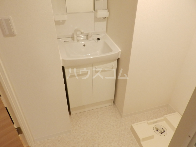 レ・ソール西船橋 107号室の洗面所
