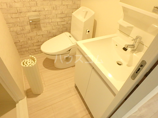 +CORE 401号室の洗面所
