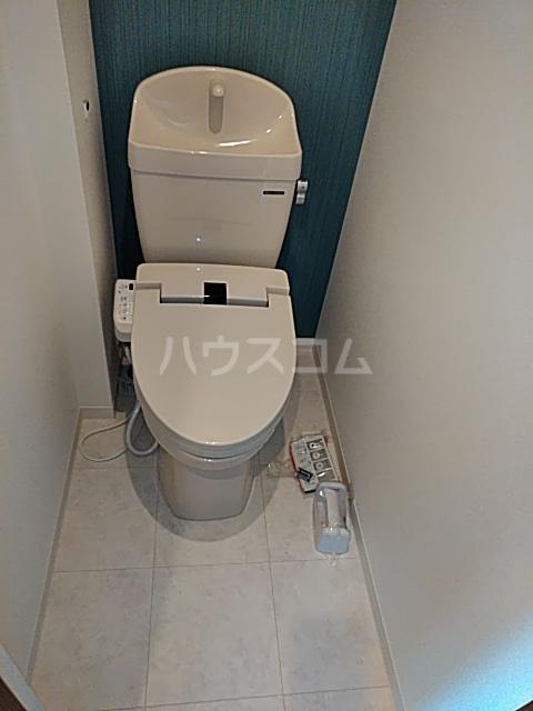 グランインフィニティ海神町 201号室のトイレ
