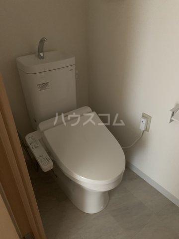 エルプレイス下総中山Ⅲ 108号室のトイレ