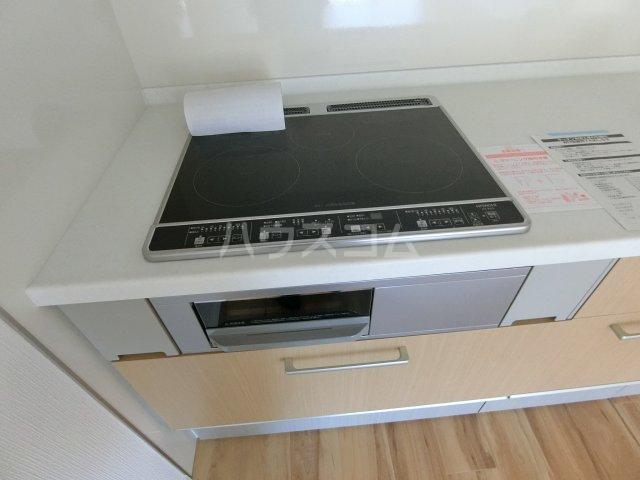 エルプレイス下総中山Ⅲ 201号室のキッチン