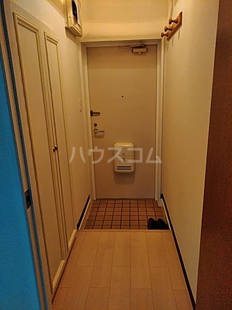 八王子3丁目マンション 203号室の玄関